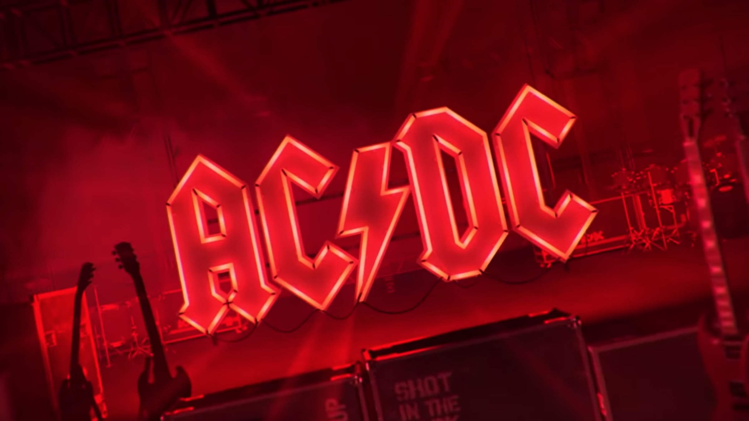Listen To Ac Dc S New Single Shot In The Dark The Pit