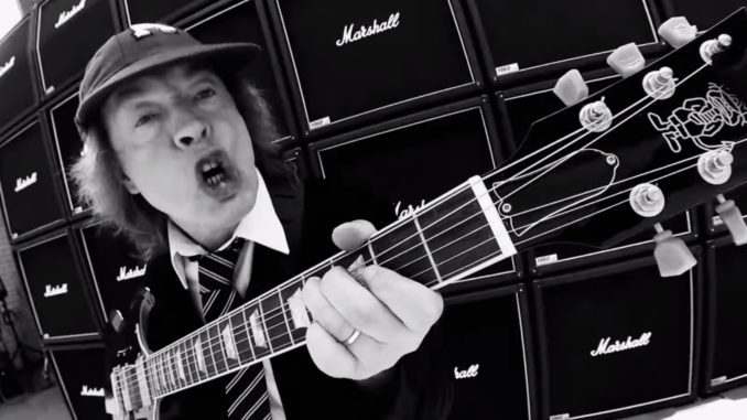 """AC/DC Crank Up The Volume In New Video for """"Realize"""" - The Pit"""
